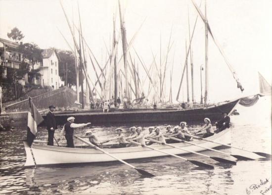 barque-du-sauvetage-vers-1900-1.jpg
